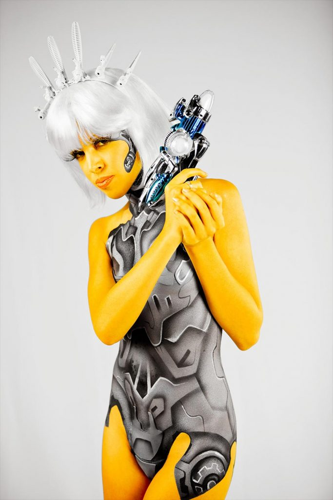 conway-art-bodypainting-bee-girl
